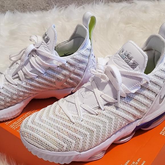 Nike Shoes   Nike Lebron 6s Kids 5y